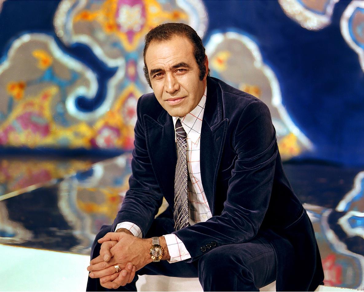 حسین خواجه امیری مشهور به ایرج استاد و خواننده قدیمی و صاحب سبک موسیقی ایرانی، تازهترین اثر خود را منتشر نام این آلبوم بخوان با من و به زودی منتشر میشود.