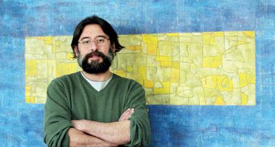 رامین صدیقی جایزه تهیهکننده برتر موسیقی در همایش وومکس را دریافت کرد