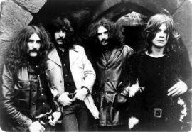 تب و نت Neon Knights از Black Sabbath