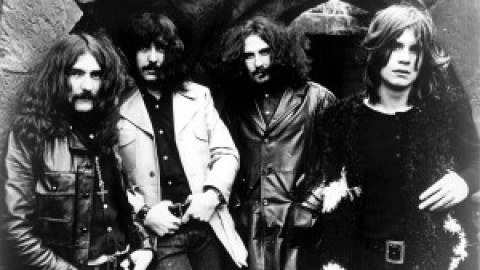 تب و نت Killing Yourself To Live از Black Sabbath