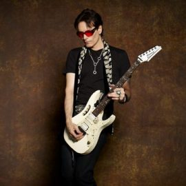تب و نت Down Deep Into The Pain از Steve Vai