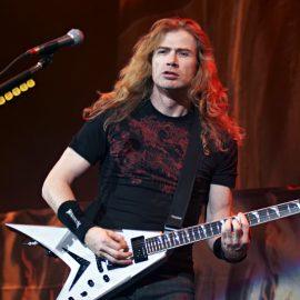 13 سپتامبر تولد Dave Mustaine خواننده گروه مگادث